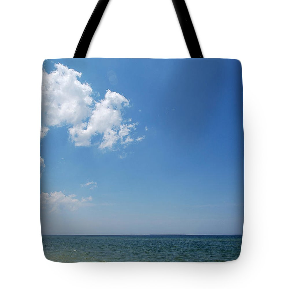 Water Tote Bag featuring the photograph Gulf Sky by Kay Lovingood