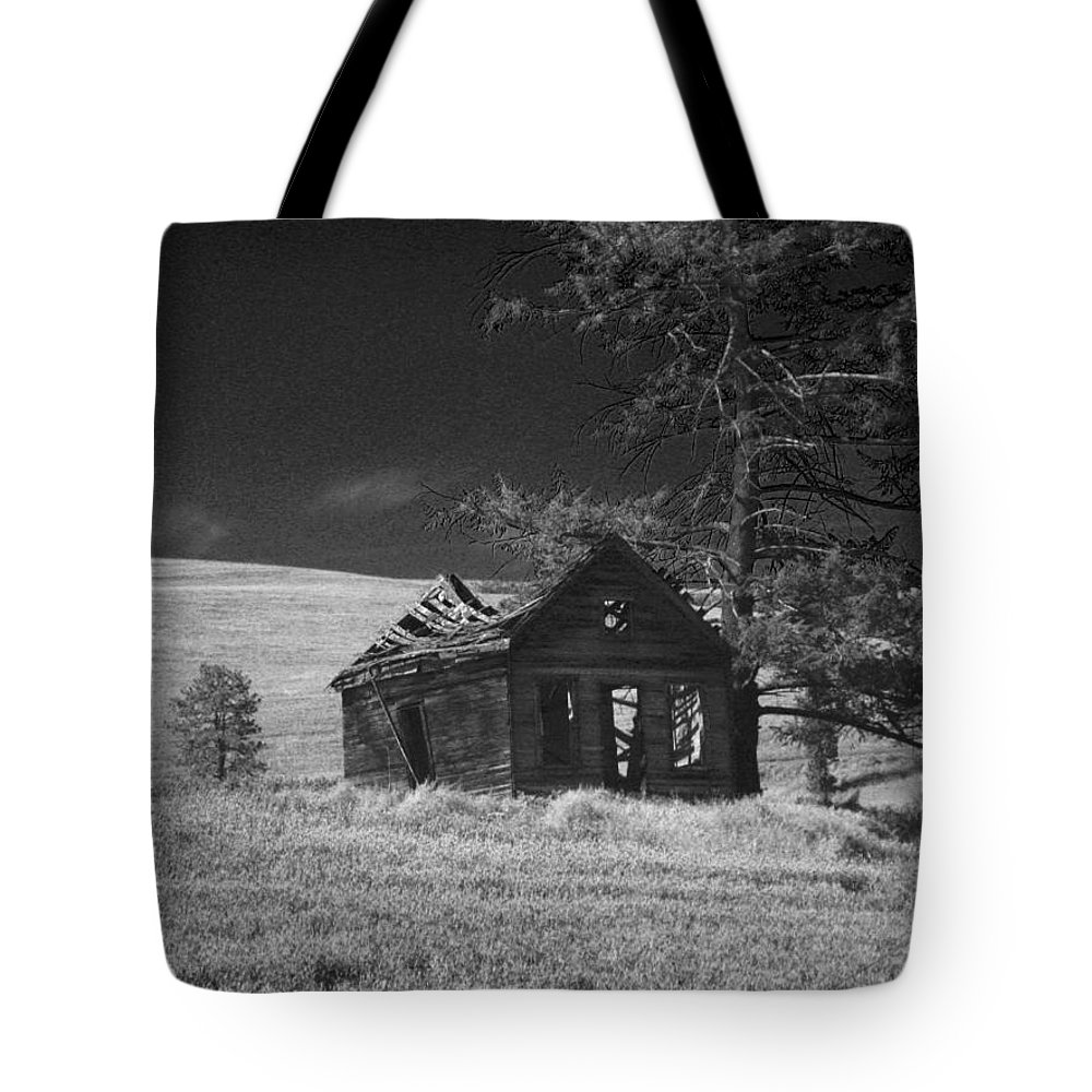 Home Tote Bag featuring the photograph Haunted House by Anne Mott