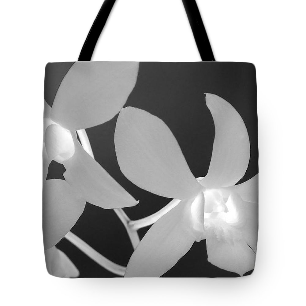 Floral Tote Bag featuring the photograph Hawaiian Floral Detail by Sandra Bronstein