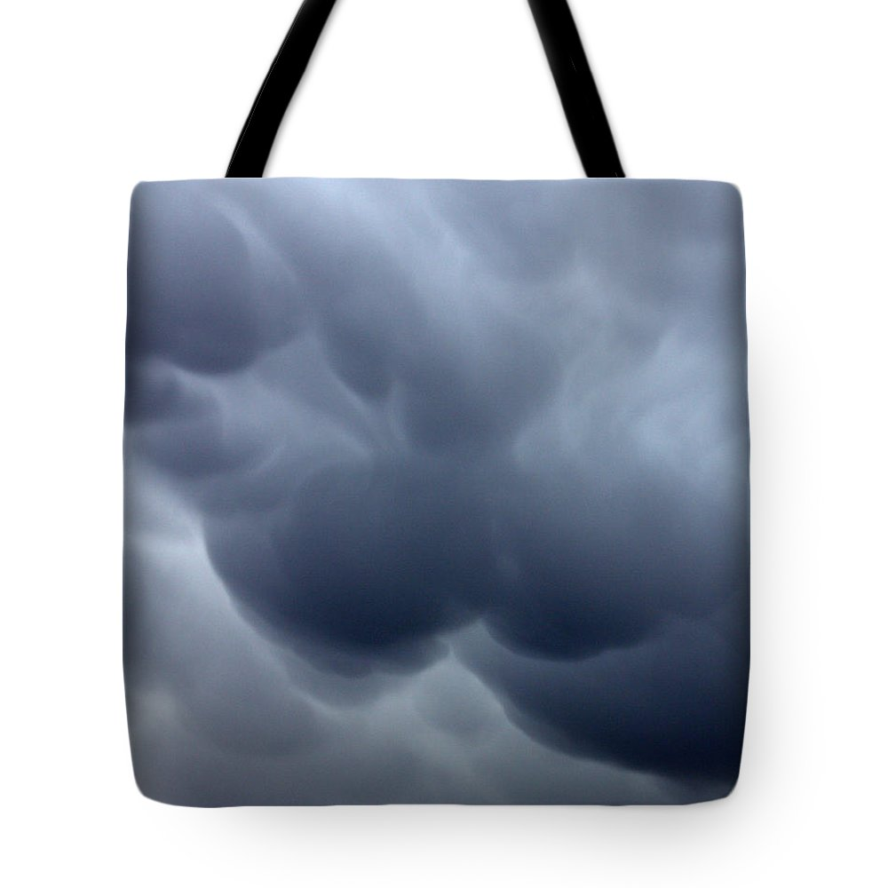 Heavy With Tears Tote Bag featuring the photograph Heavy With Tears by Ed Smith