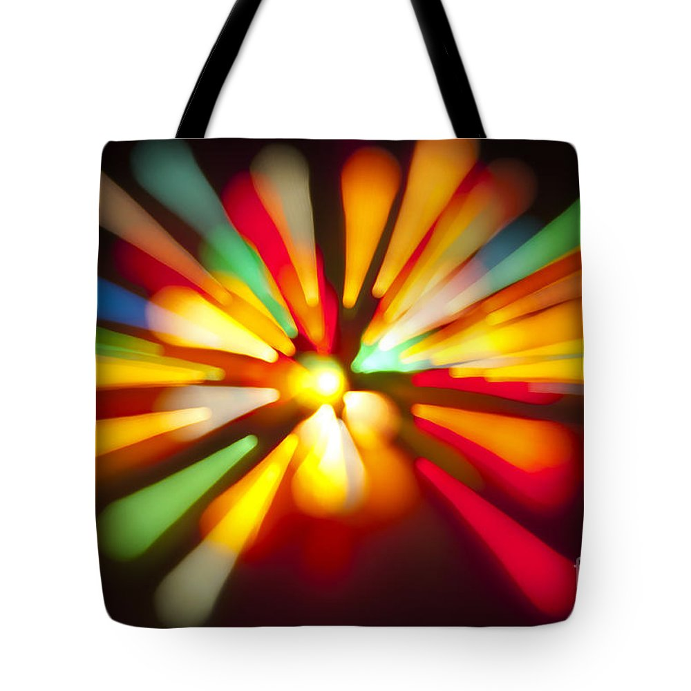 Christmas Tote Bag featuring the photograph Holiday Rush by Glenn Gordon