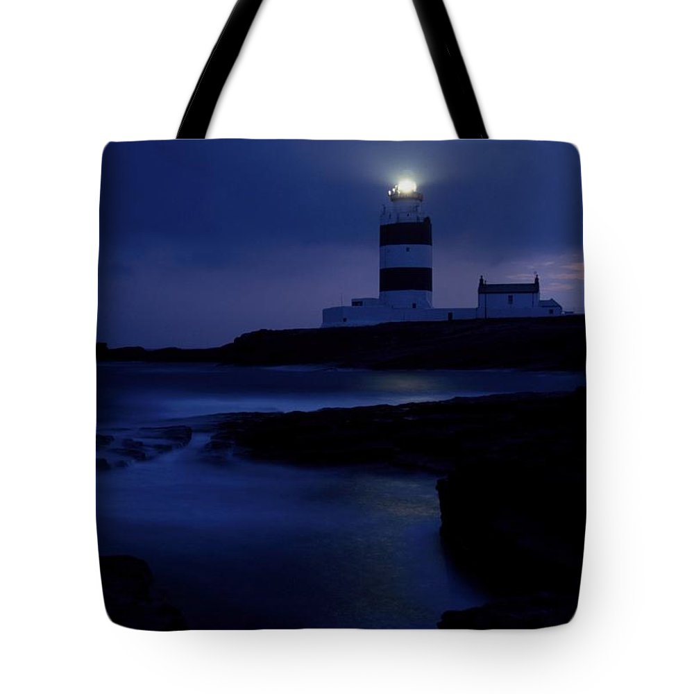 Cummins Tote Bag featuring the photograph Hook Head Lighthouse, County Wexford by Richard Cummins