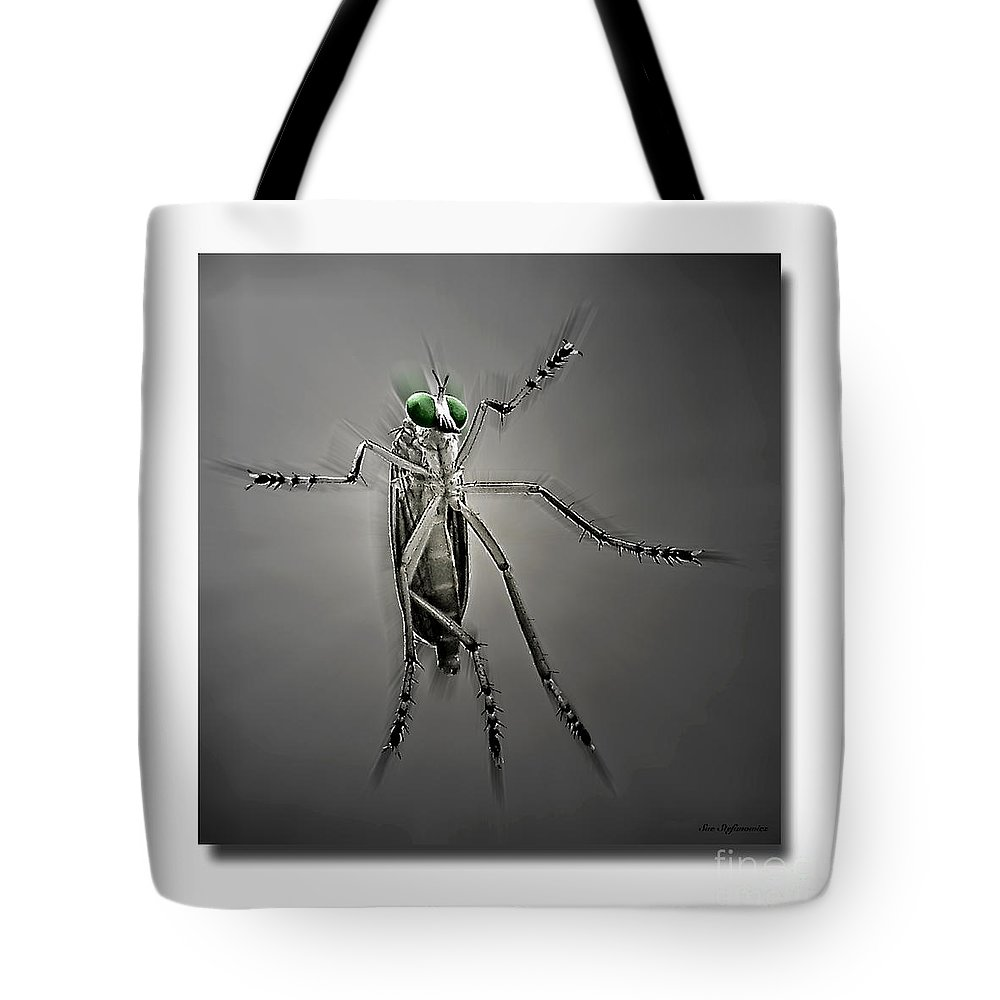 Black And White Photography Tote Bag featuring the photograph I Come In Peace by Sue Stefanowicz