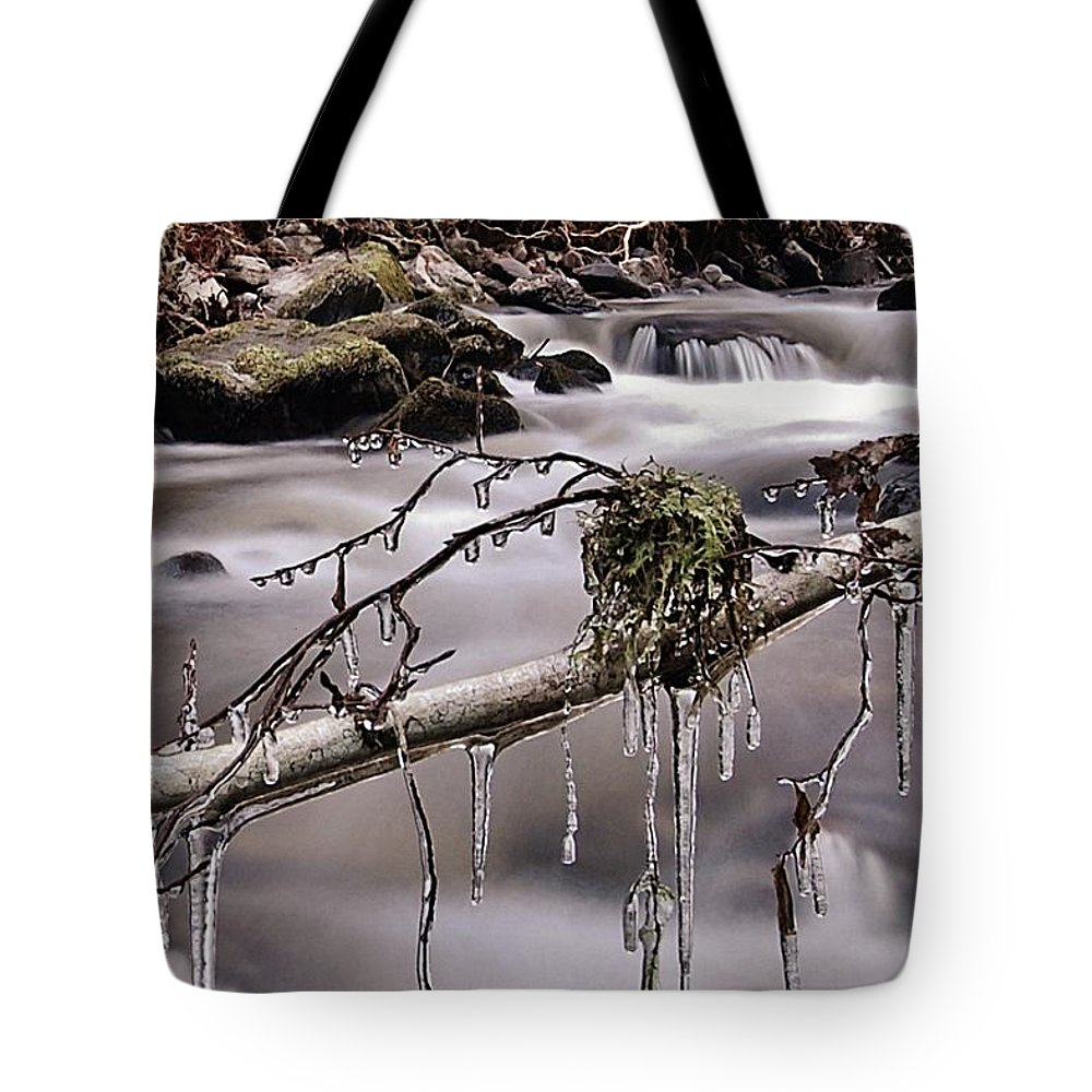 Icicles Tote Bag featuring the photograph Ice by Gavin Macrae
