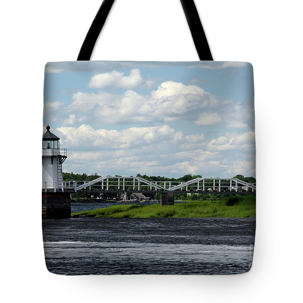 Doubling Point Light Tote Bag featuring the photograph Lace Lighthouse by Brenda Giasson