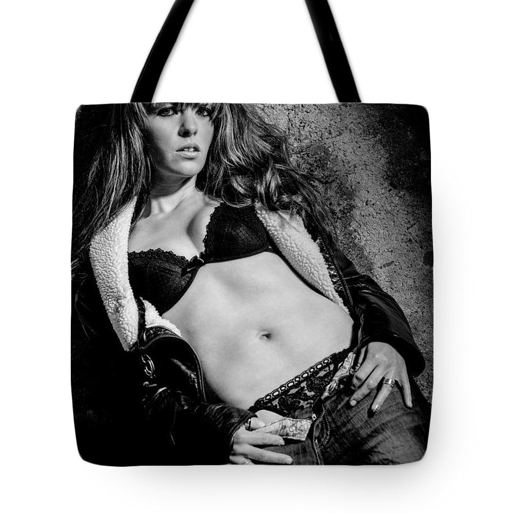 Ralf Tote Bag featuring the photograph Lady At The Wall by Ralf Kaiser