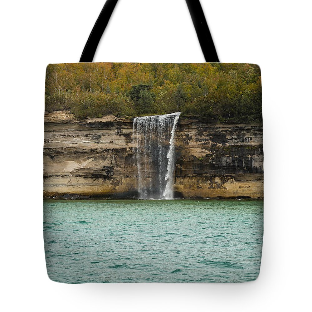 Spray Tote Bag featuring the photograph Lake Superior Pictured Rocks 48 by John Brueske