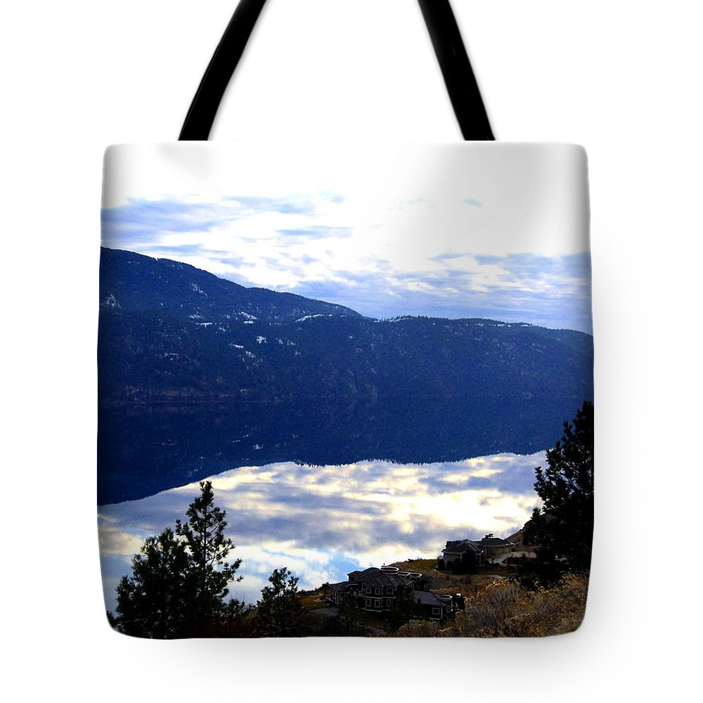 Lakeside Tote Bag featuring the photograph Lakeside Living by Will Borden