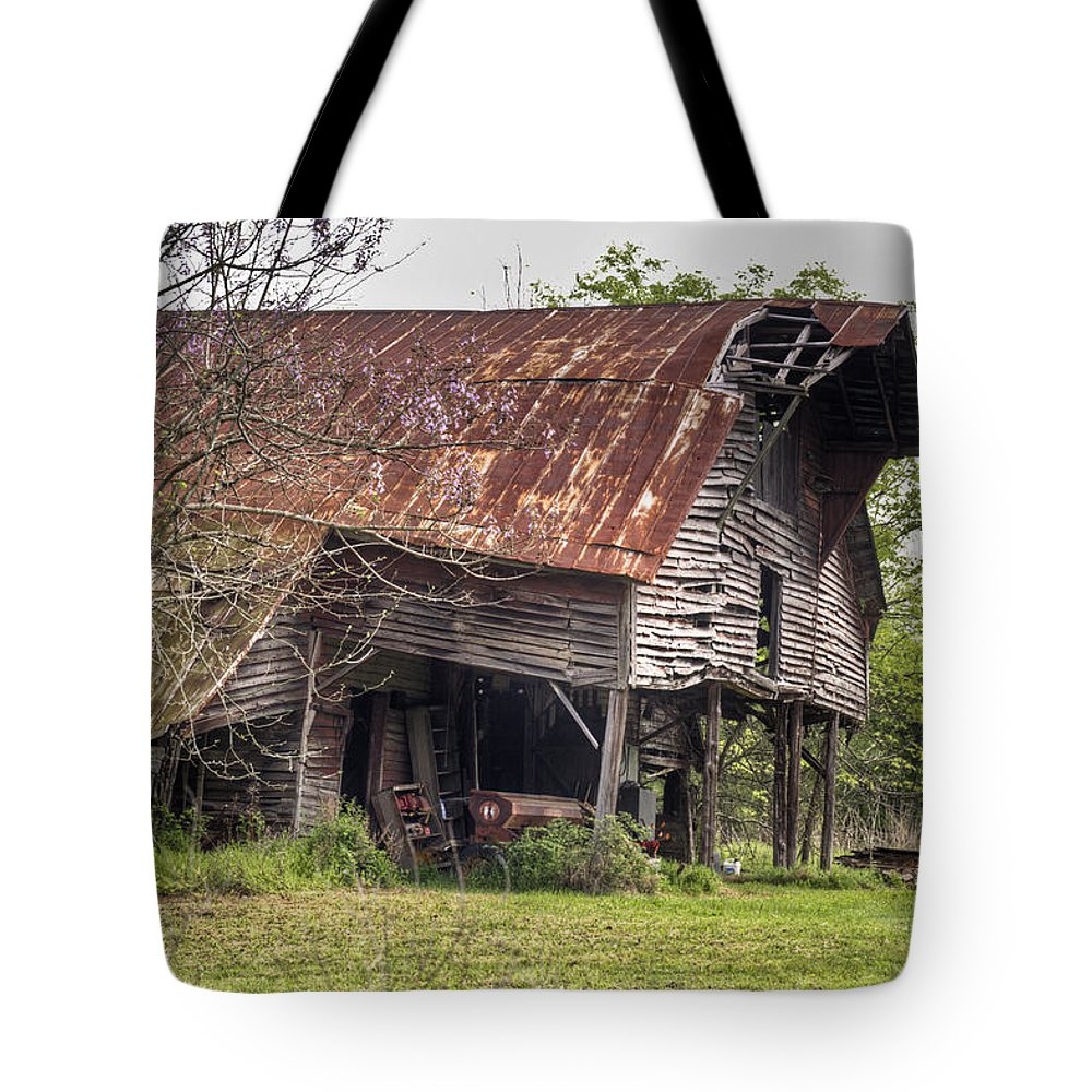 Leaning Tote Bag featuring the photograph Leaning Barn 2 by Douglas Barnett