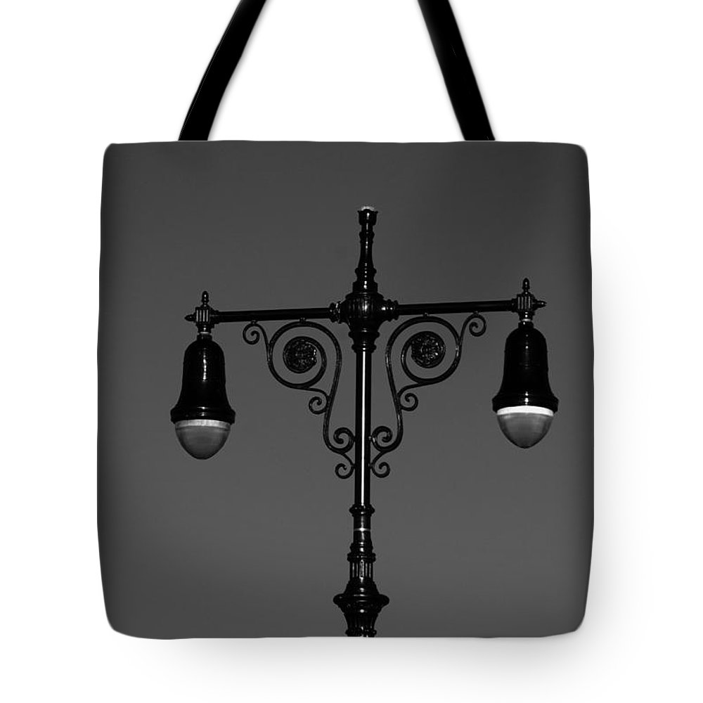 Brooklyn Tote Bag featuring the photograph Lights Of Coney Island In Black And White by Rob Hans