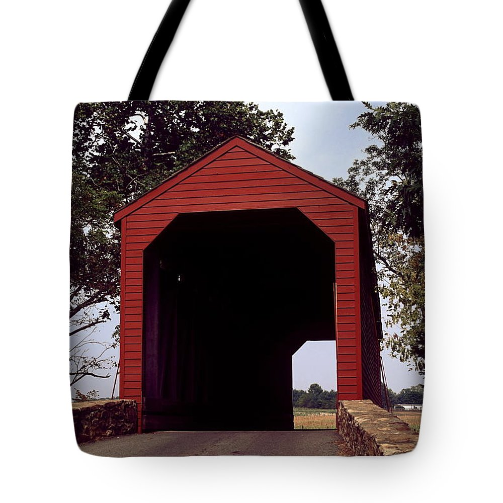Loy's Station Covered Bridge Tote Bag featuring the photograph Loy's Station Covered Bridge by Sally Weigand