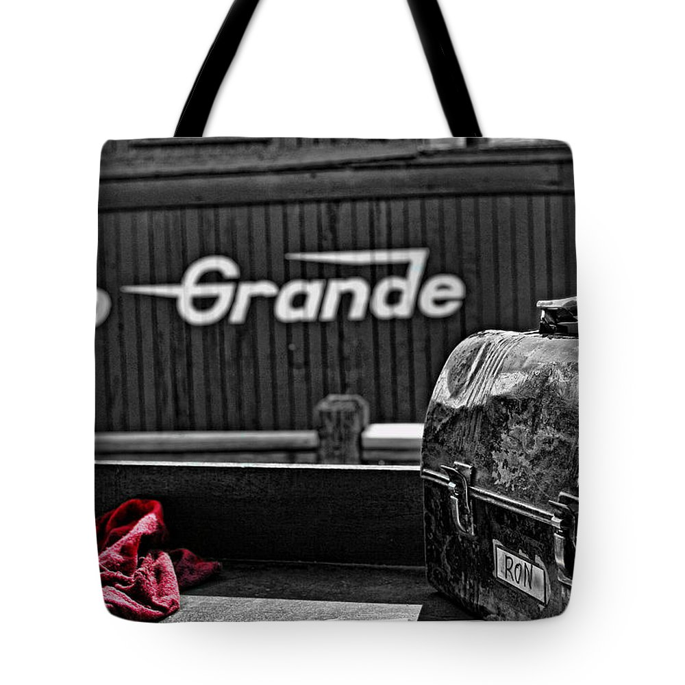 Railroad Tote Bag featuring the photograph Lunchtime by David Sanchez