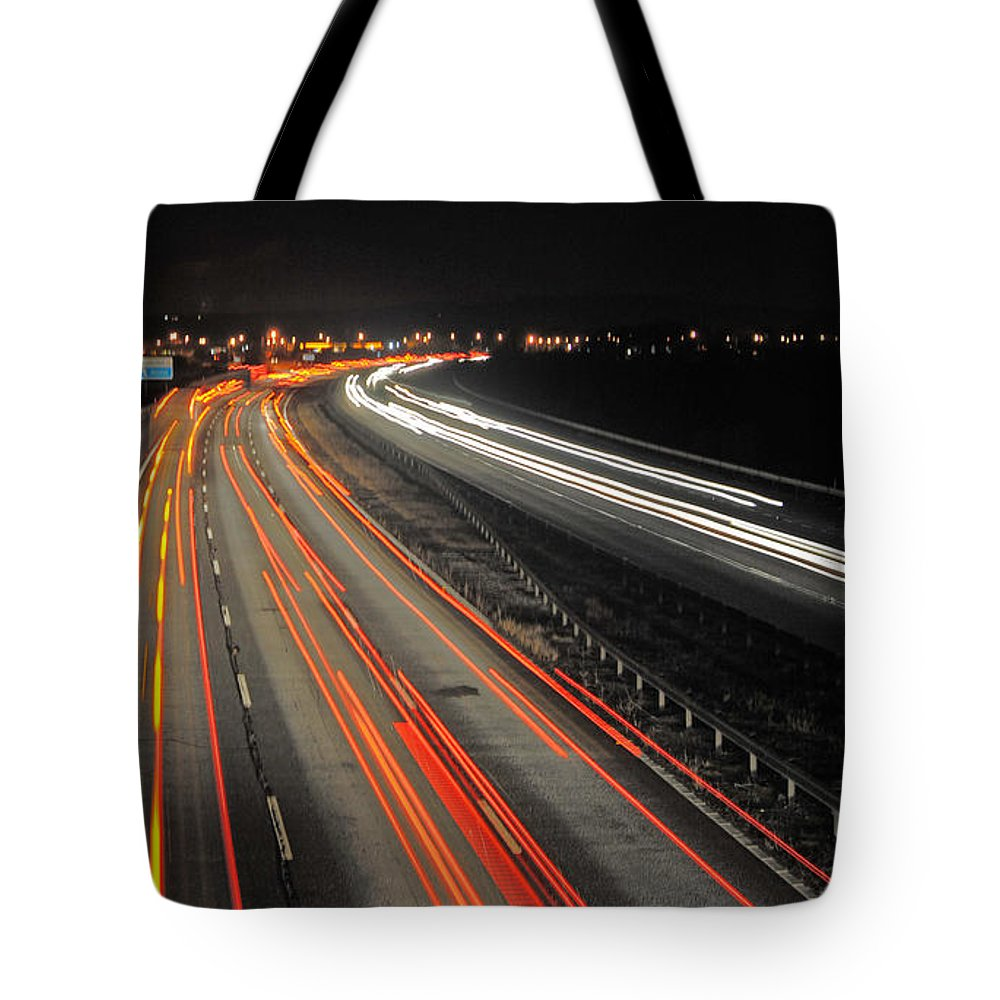 M5 Tote Bag featuring the photograph M5 At Night by Rob Hawkins