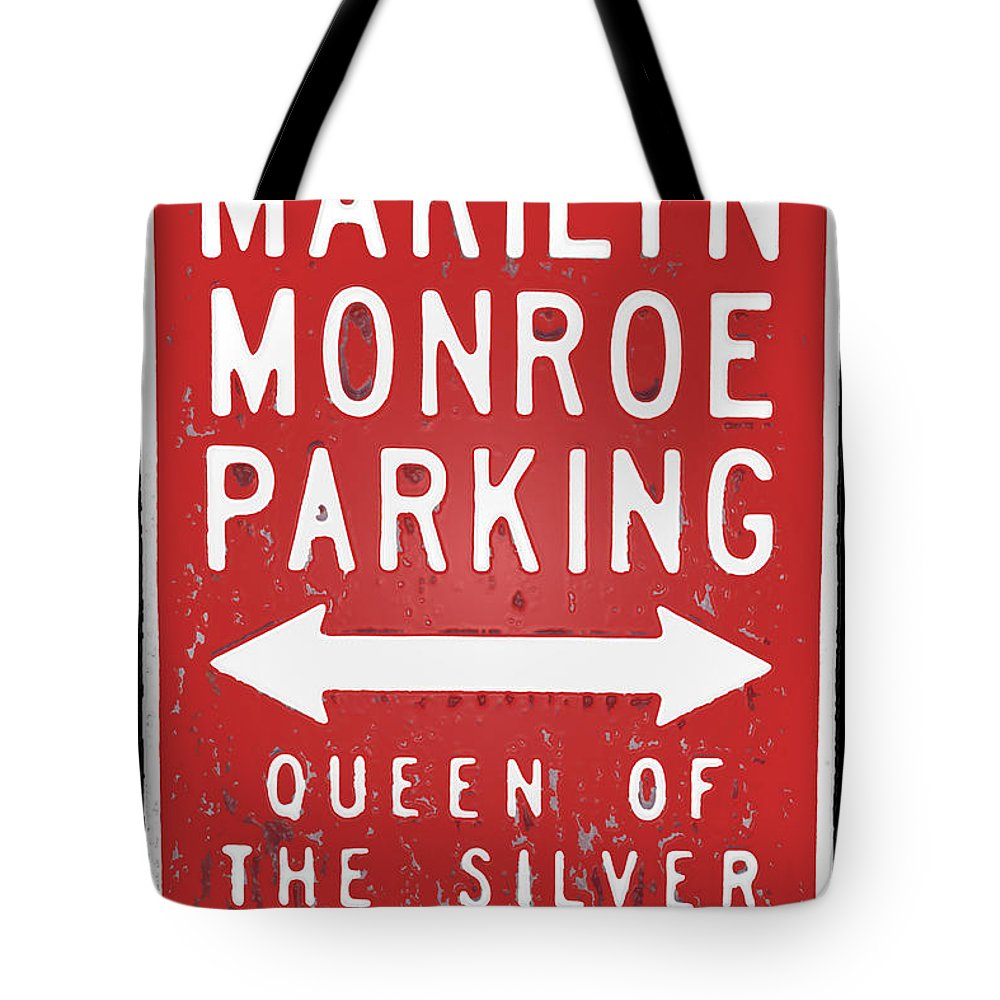 Marilyn Tote Bag featuring the photograph Marilyn Monroe Parking by David Pringle