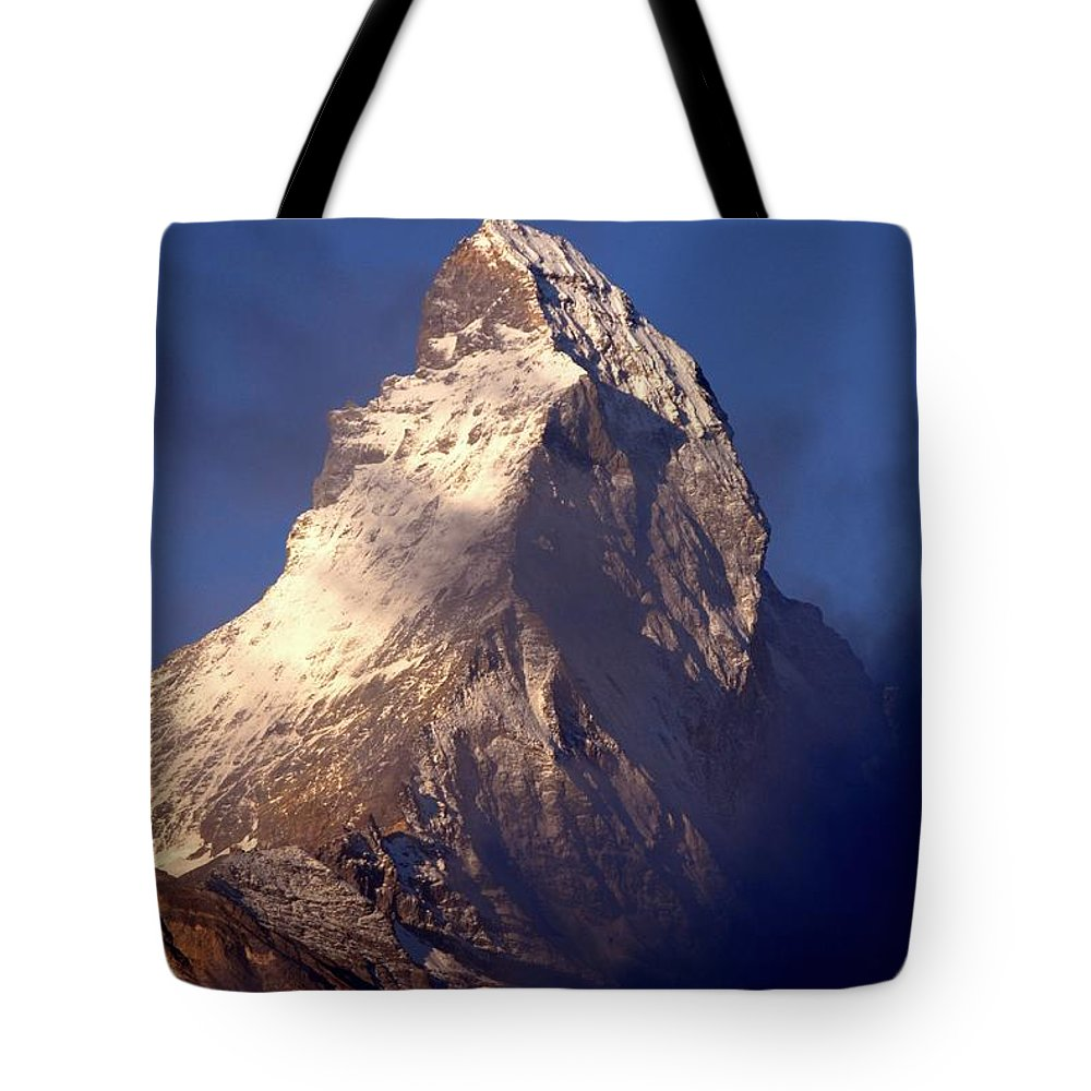 Alps Tote Bag featuring the photograph Matterhorn Morning-2 by Chlaus Loetscher