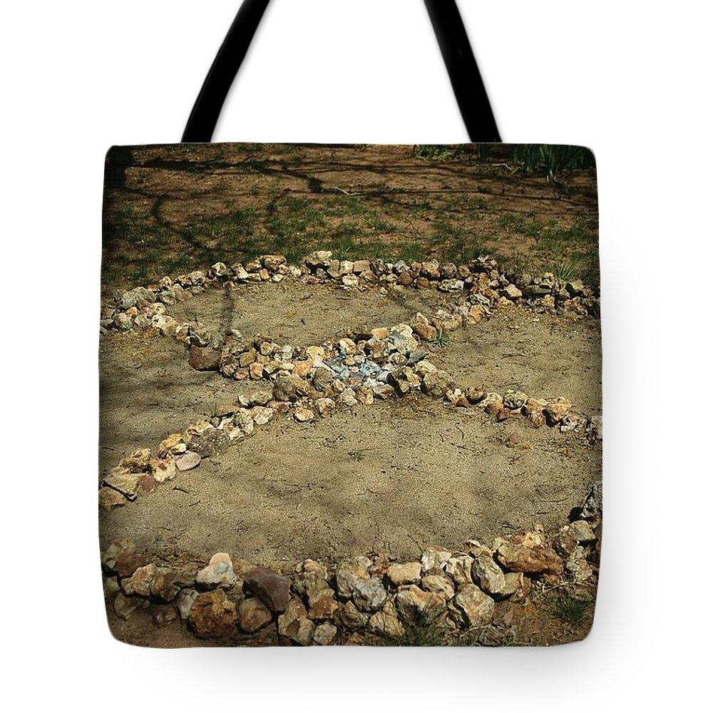 North America Tote Bag featuring the photograph Medicine Wheel, Sedona, Arizona by David Edwards