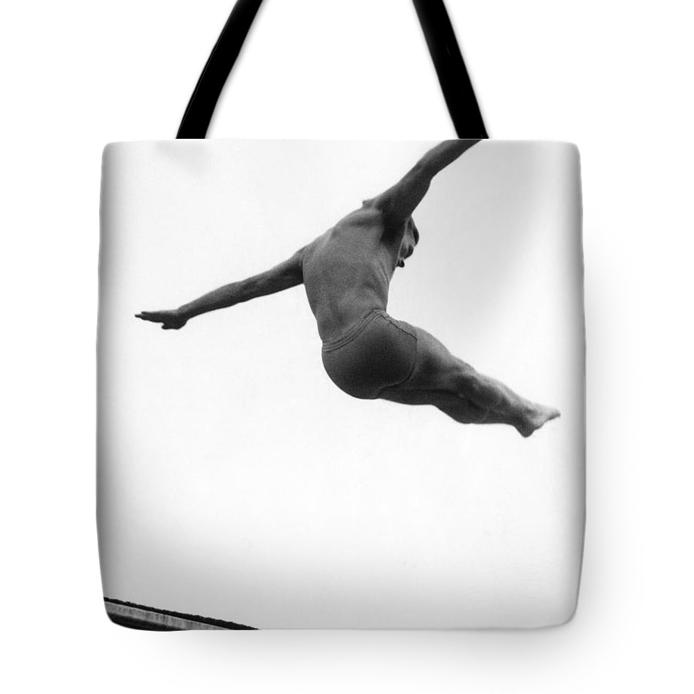 1952 Tote Bag featuring the photograph Miller Anderson (1922-1965) by Granger
