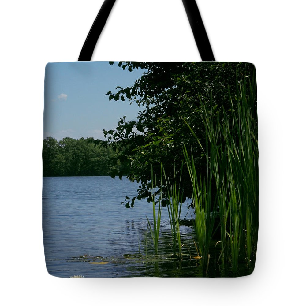 Water Tote Bag featuring the photograph Moment in Time by Amanda Jones