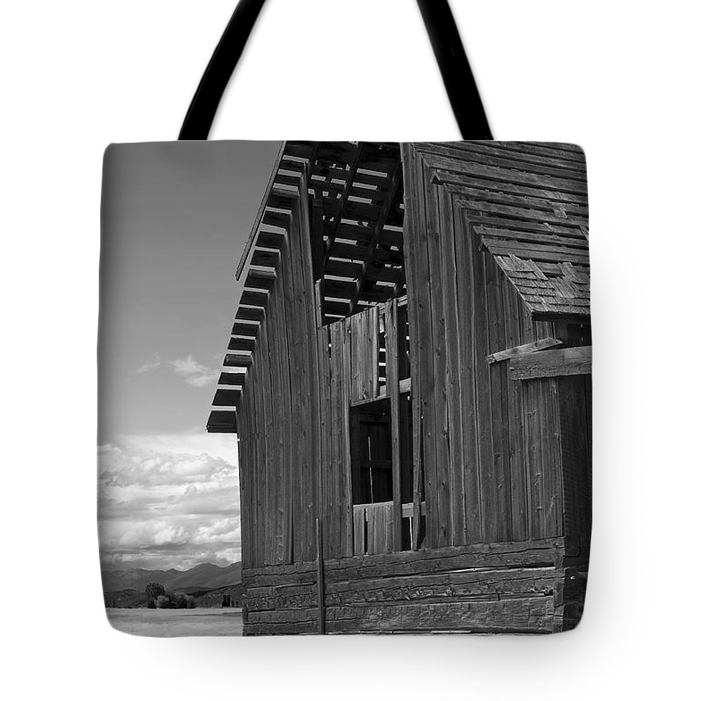 Sandra Bronstein Tote Bag featuring the photograph Montana Weathered Barn by Sandra Bronstein