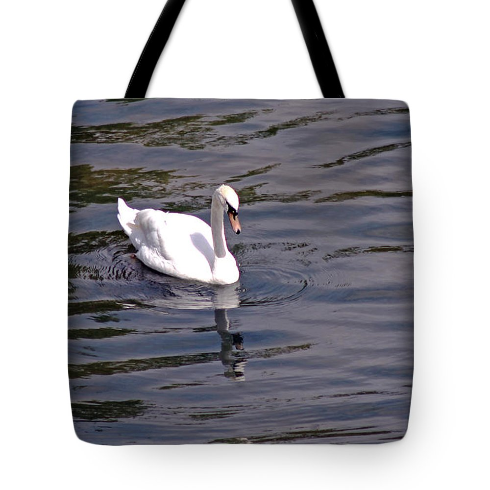 Mute Swan Tote Bag featuring the photograph Mute Swan by Tony Murtagh