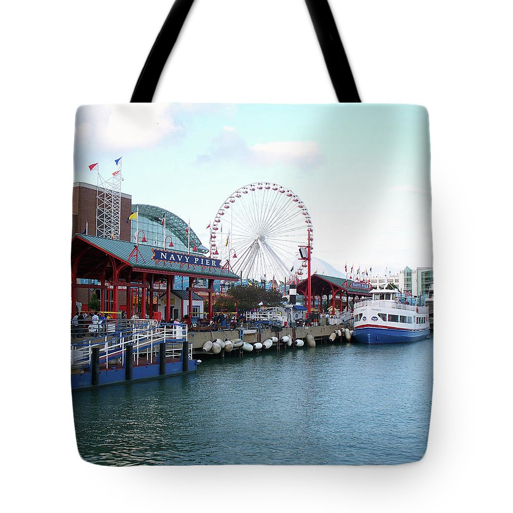 Cities Tote Bag featuring the photograph Navy Pier Chicago Summer Time by Thomas Woolworth