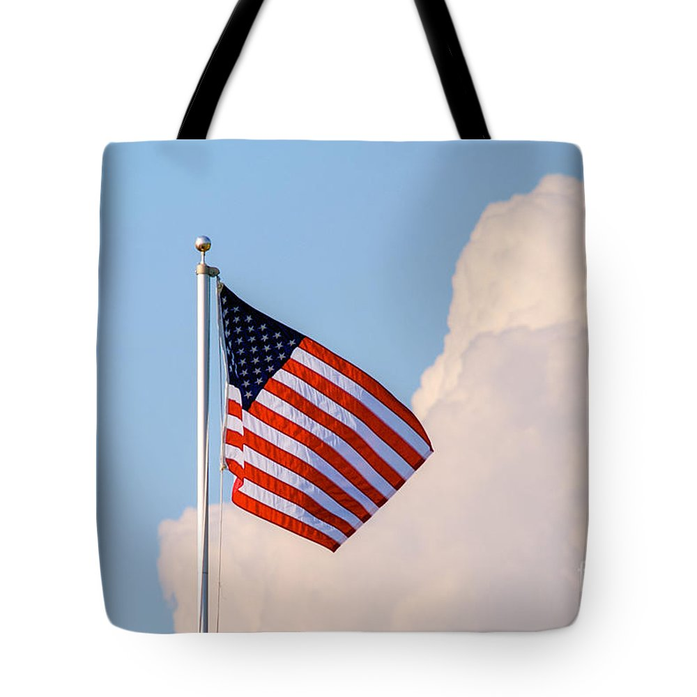 Tonemapped Tote Bag featuring the photograph Old Glory by Mark Dodd