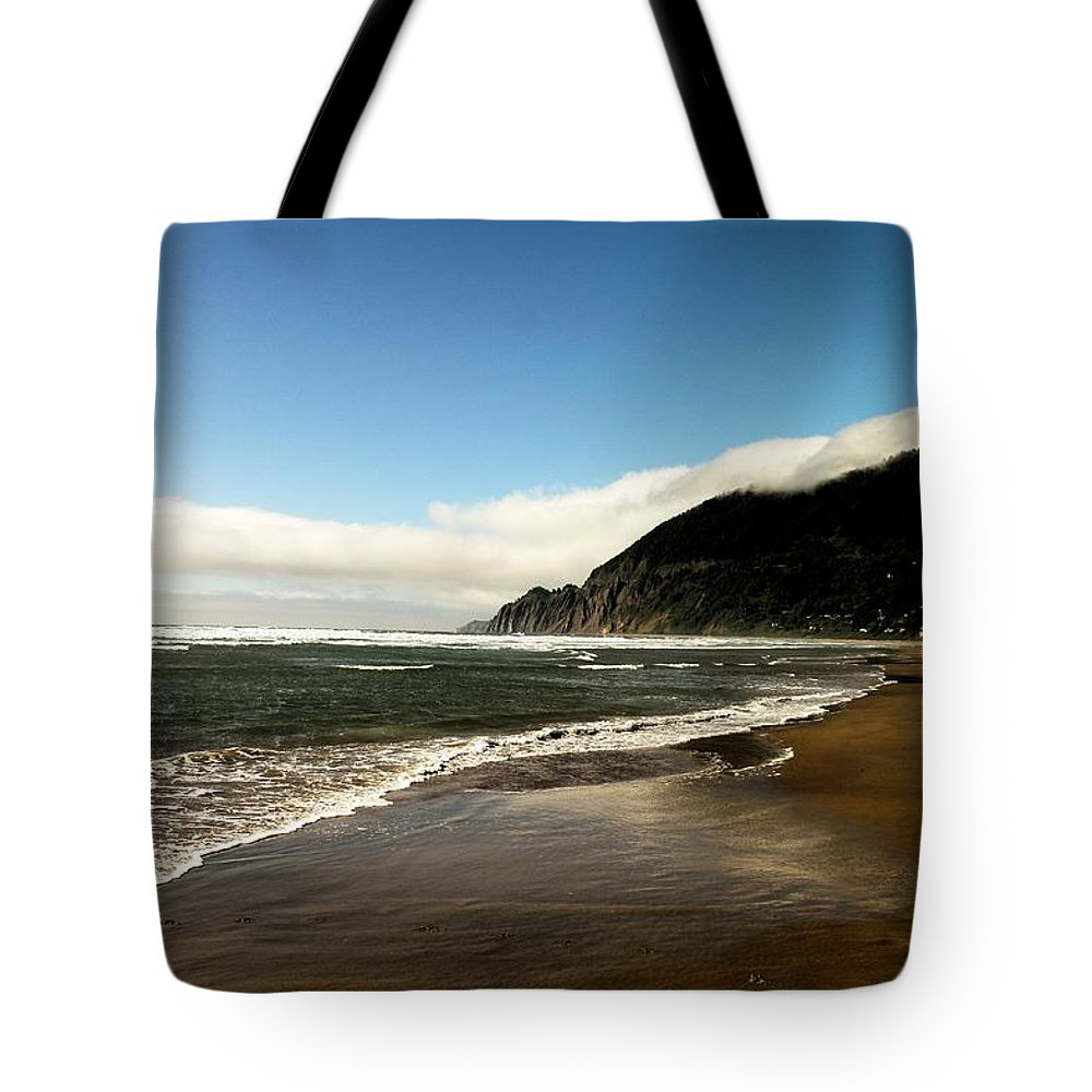 Ocean Tote Bag featuring the photograph Oregon Beach by Jeff Swan