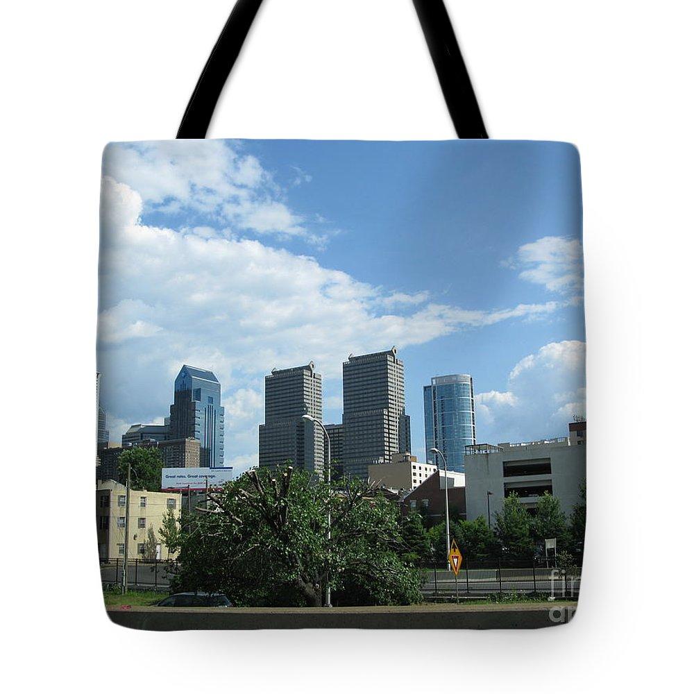 Philadelphia Tote Bag featuring the photograph Philadelphia 02 by Ausra Huntington nee Paulauskaite