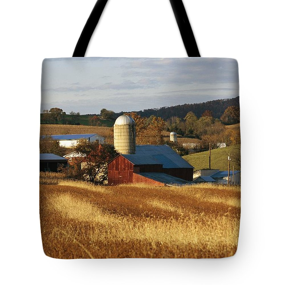 North America Tote Bag featuring the photograph Picturesque Farm Photographed by Raymond Gehman