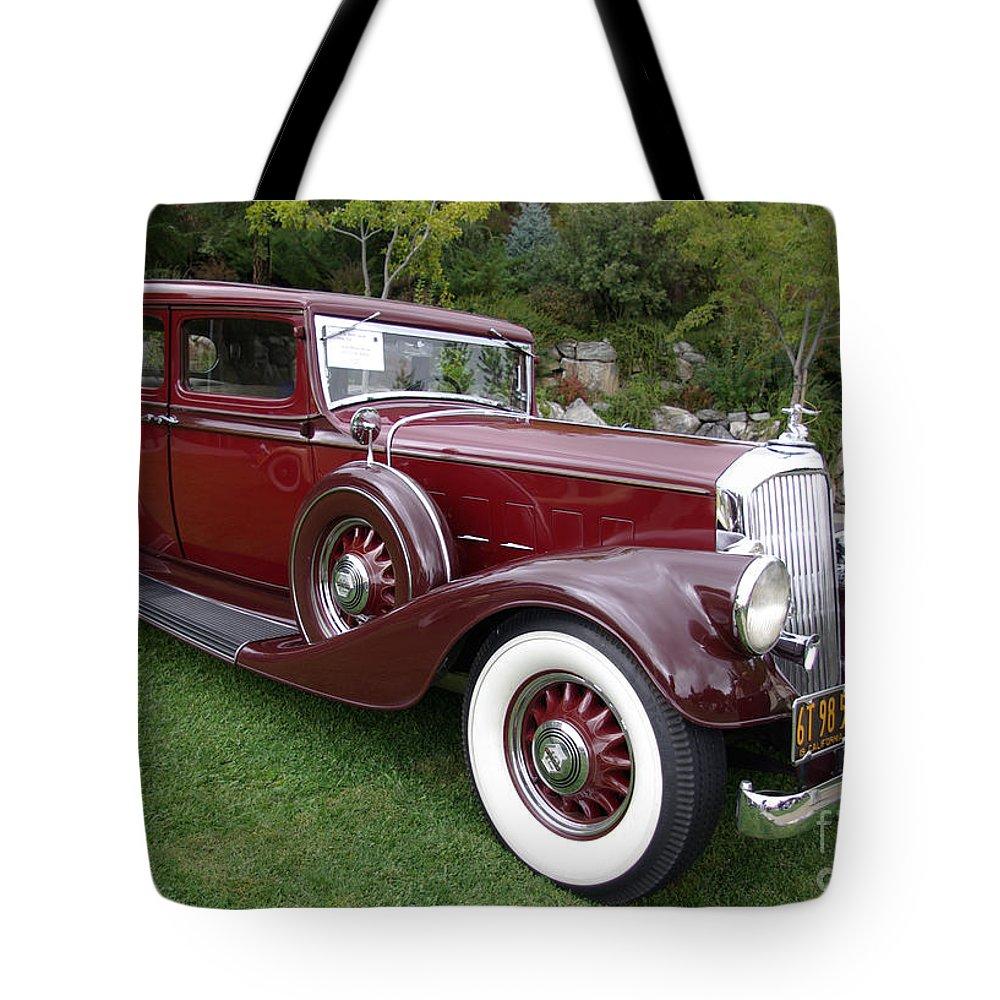 Pierce Arrow Tote Bag featuring the photograph Pierce Arrow Profile by Jim And Emily Bush
