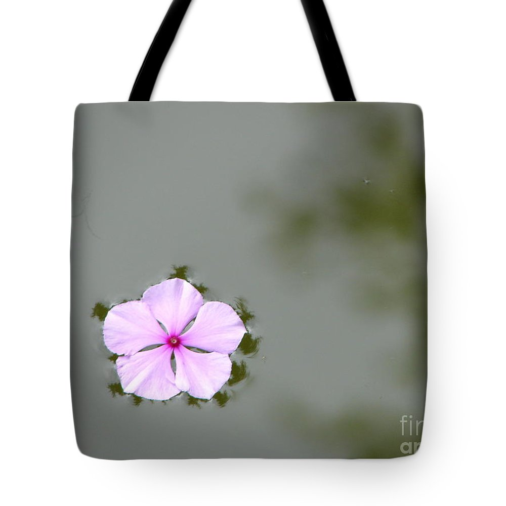 Float Tote Bag featuring the photograph Ponder by Priscilla Richardson