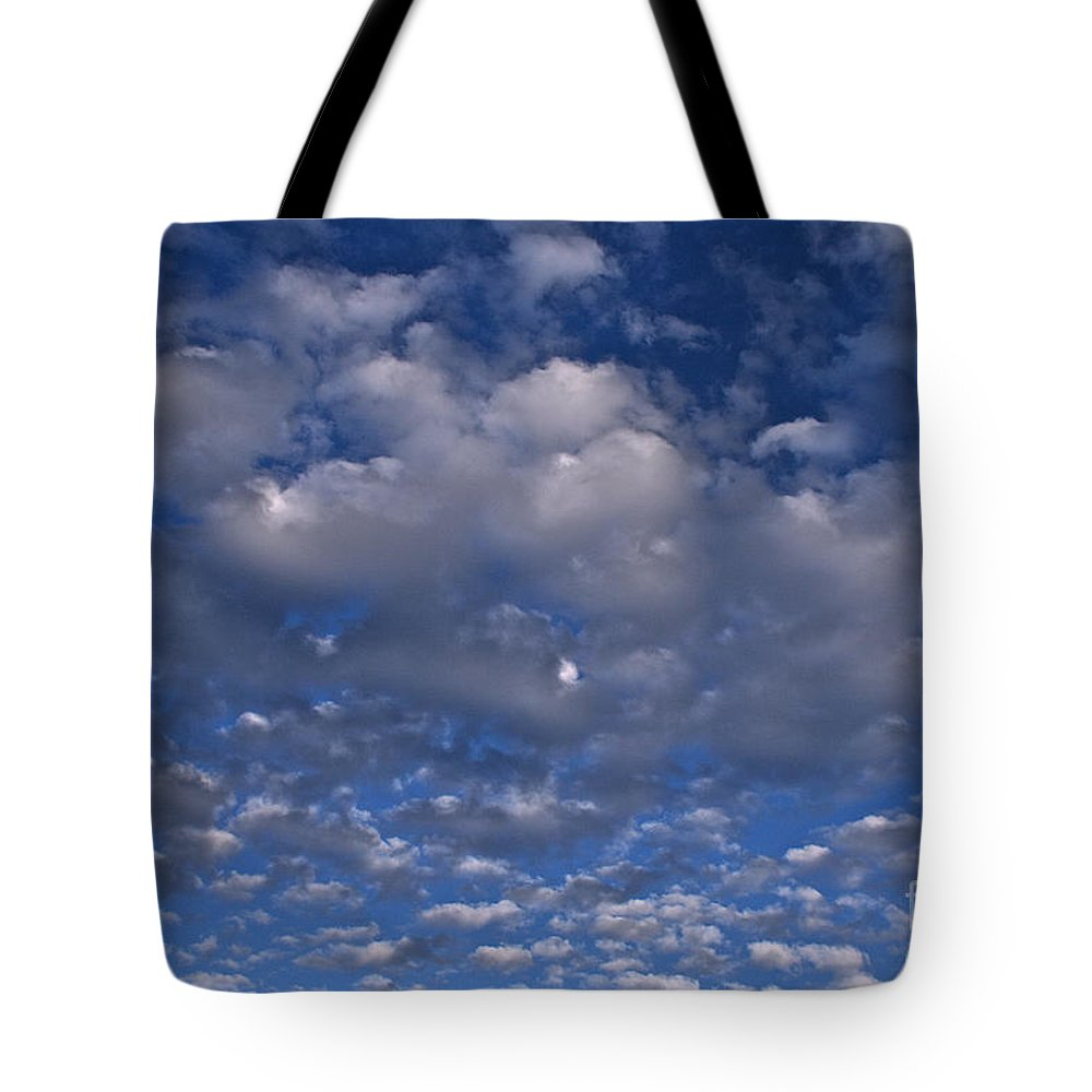 Sky Tote Bag featuring the photograph Popcorn Clouds by Susan Herber