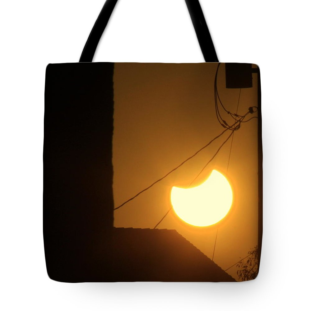 Sun Tote Bag featuring the photograph Power Eclipse by Randall Thomas Stone