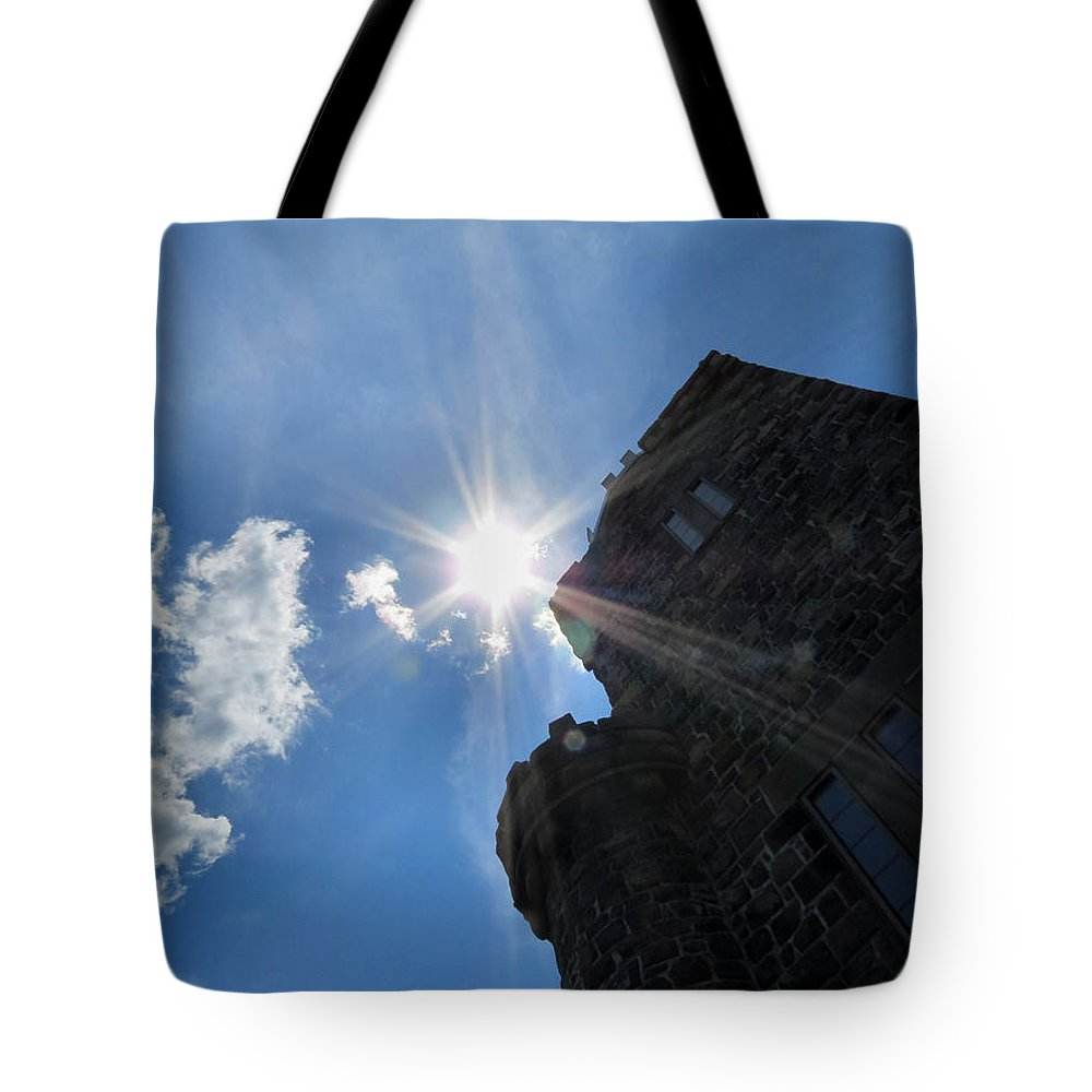 Castle Tote Bag featuring the photograph Rays On The Castle by Art Dingo