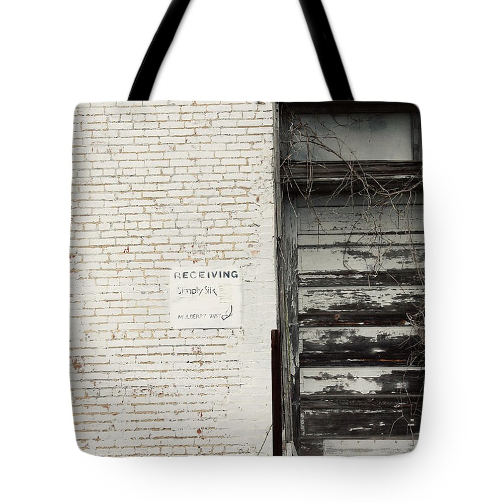 Andalusia Tote Bag featuring the photograph Receiving by Erin Johnson
