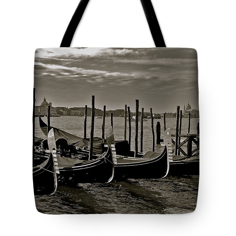Venice Tote Bag featuring the photograph Resting Gondolas by Eric Tressler