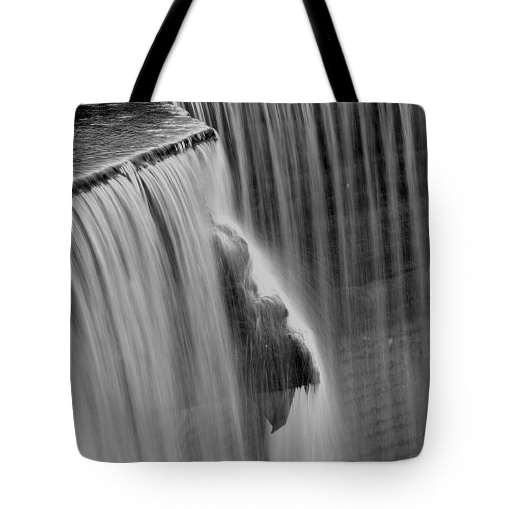 Water Tote Bag featuring the photograph Rideau Falls by Joshua McCullough
