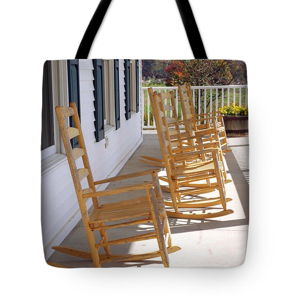 Usa Tote Bag featuring the photograph Rocking Around The Clock by LeeAnn McLaneGoetz McLaneGoetzStudioLLCcom