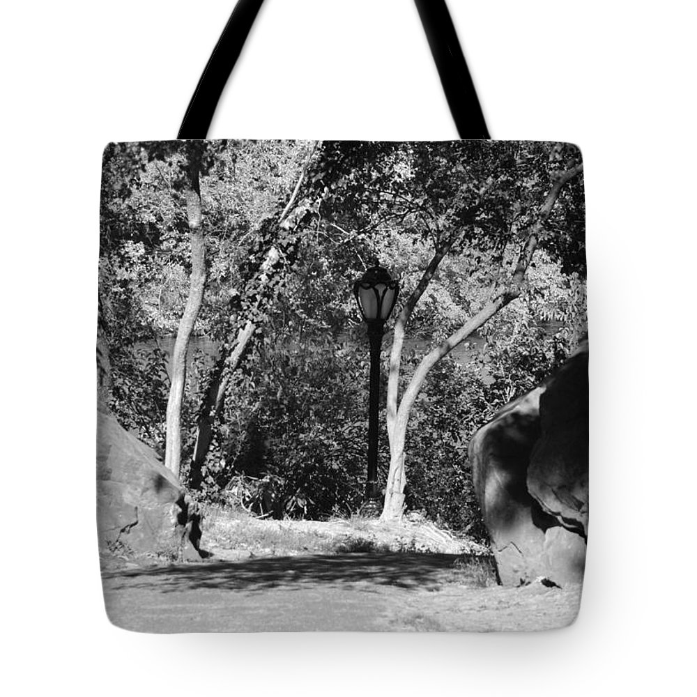 Central Park Tote Bag featuring the photograph Rocks And Trees In Black And White by Rob Hans
