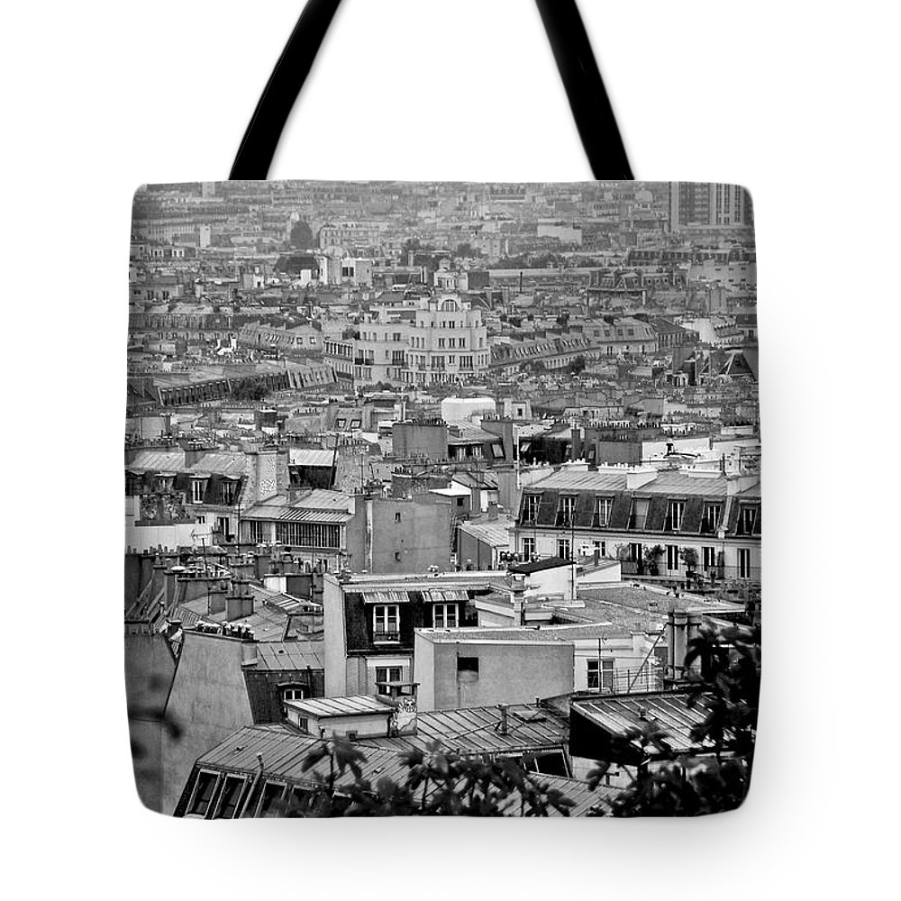 Paris Tote Bag featuring the photograph Roof Tops Of Paris by Eric Tressler