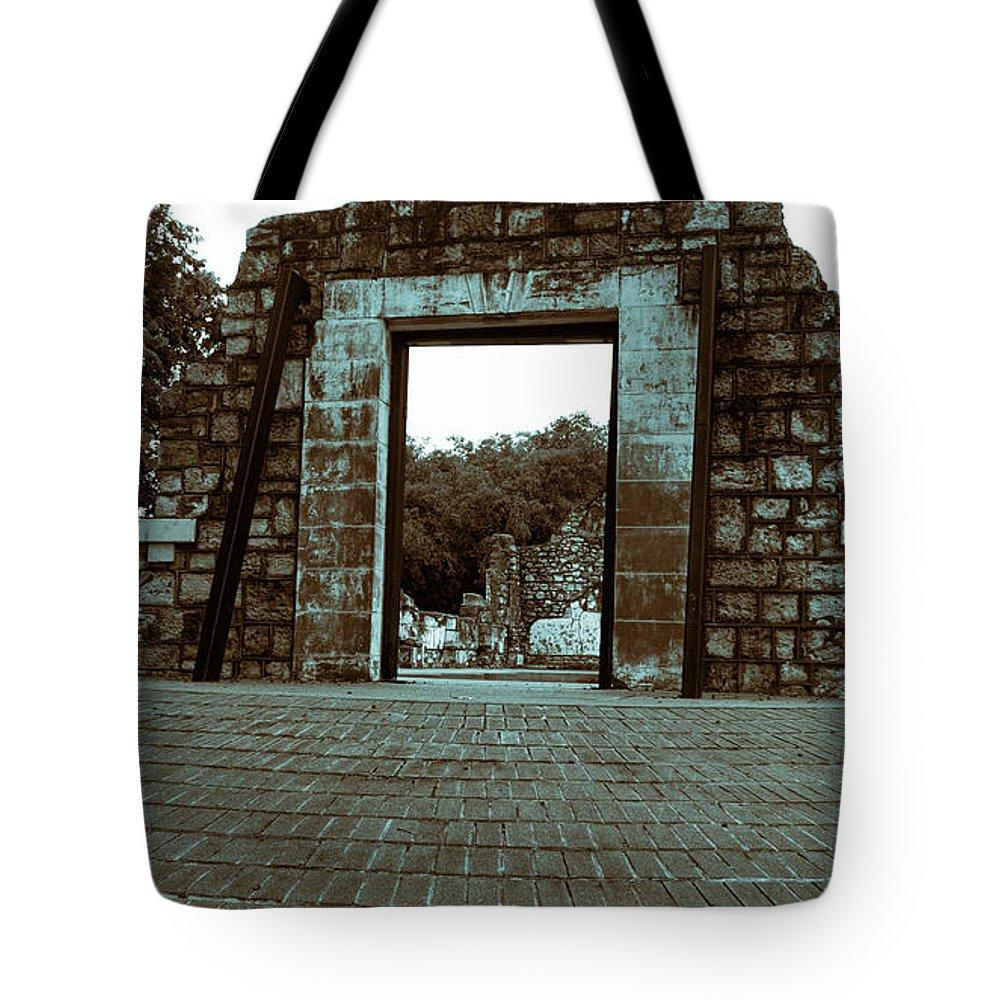 Ruins Tote Bag featuring the photograph Ruins V2 by Douglas Barnard
