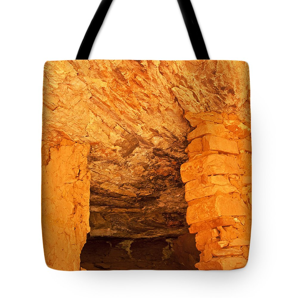 Ruin Tote Bag featuring the photograph Ruins Window 3 by Bob and Nancy Kendrick