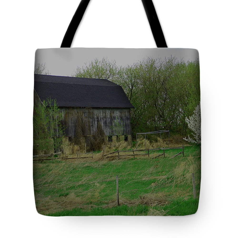 Barn Tote Bag featuring the photograph Rustic Barn by Aimee L Maher ALM GALLERY