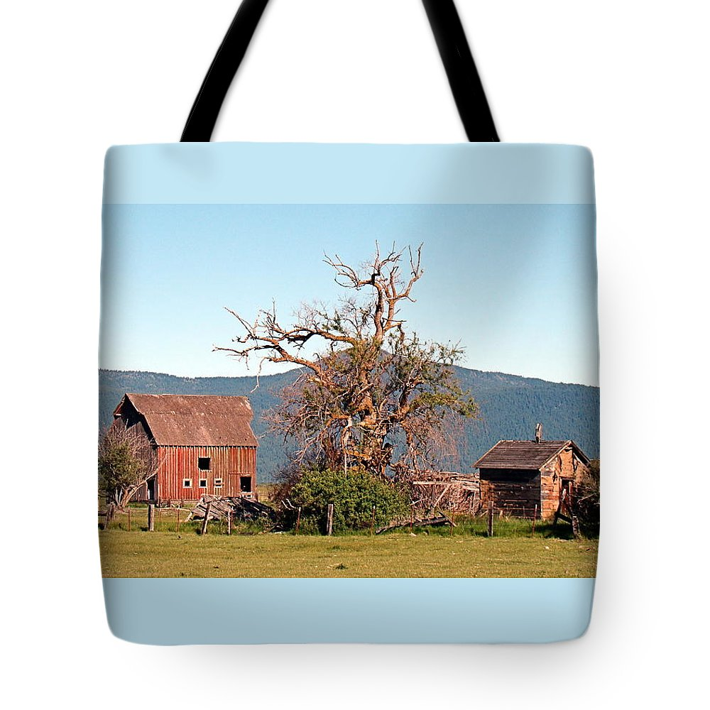 Barn Tote Bag featuring the photograph Rustic Old Homestead by Nick Kloepping