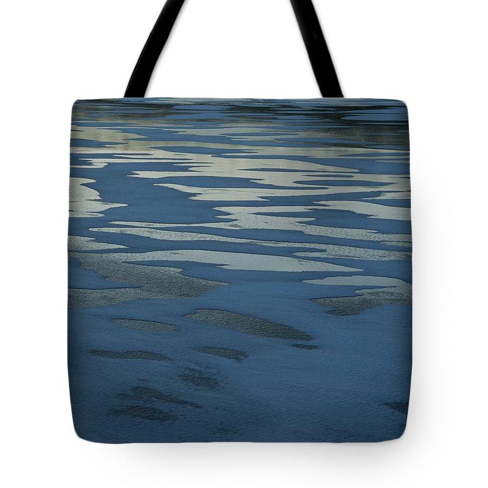 Sand Tote Bag featuring the photograph Sandbars Make A Pattern In A Body by Mattias Klum