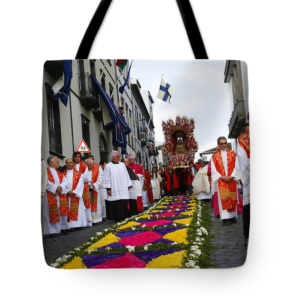 Procession Tote Bag featuring the photograph Santo Cristo Dos Milagres by Gaspar Avila
