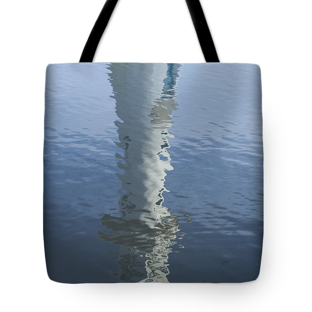 Robert Falcon Scott Tote Bag featuring the photograph Scott Memorial Lighthouse Reflection by Steve Purnell