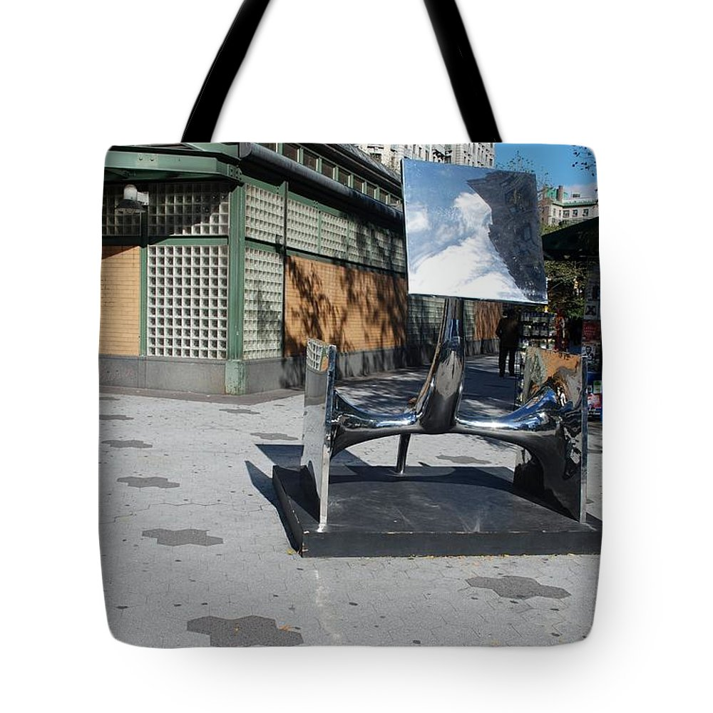 Colors Tote Bag featuring the photograph Sculptures On The Corner by Rob Hans