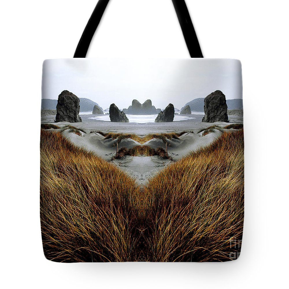 Contest Entry Tote Bag featuring the photograph Seascape 1 by Mike Nellums