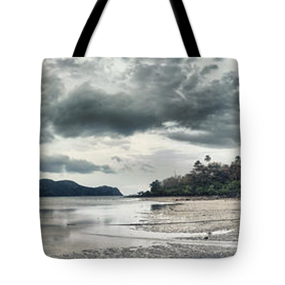 Panorama Tote Bag featuring the photograph Seascape Panorama by MotHaiBaPhoto Prints